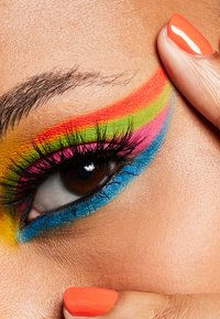 MAC - ART LIBRARY - Eyeshadow palette - it's designer - 9