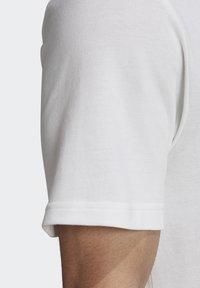 adidas Originals - TREFOIL ESSENTIALS POLO SHIRT - Polo shirt - white - 6