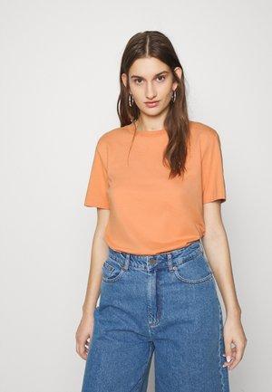 SFMY PERFECT TEE BOX CUT COLOR - Basic T-shirt - caramel