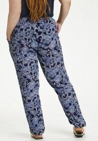 Kaffe Curve - Trousers - blue paisley print - 2