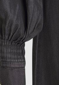 Copenhagen Muse - MALOU - Vestito di jeans - black - 2