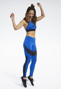 Reebok - WORKOUT READY MESH TIGHTS - Leggings - blue - 1