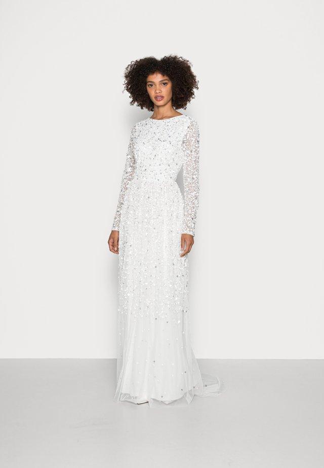 SCOOP BACK ALL OVER EMBELLISHED BRIDAL DRESS - Occasion wear - white