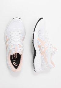 ASICS - GEL-CONTEND - Chaussures de running neutres - white/breeze - 1