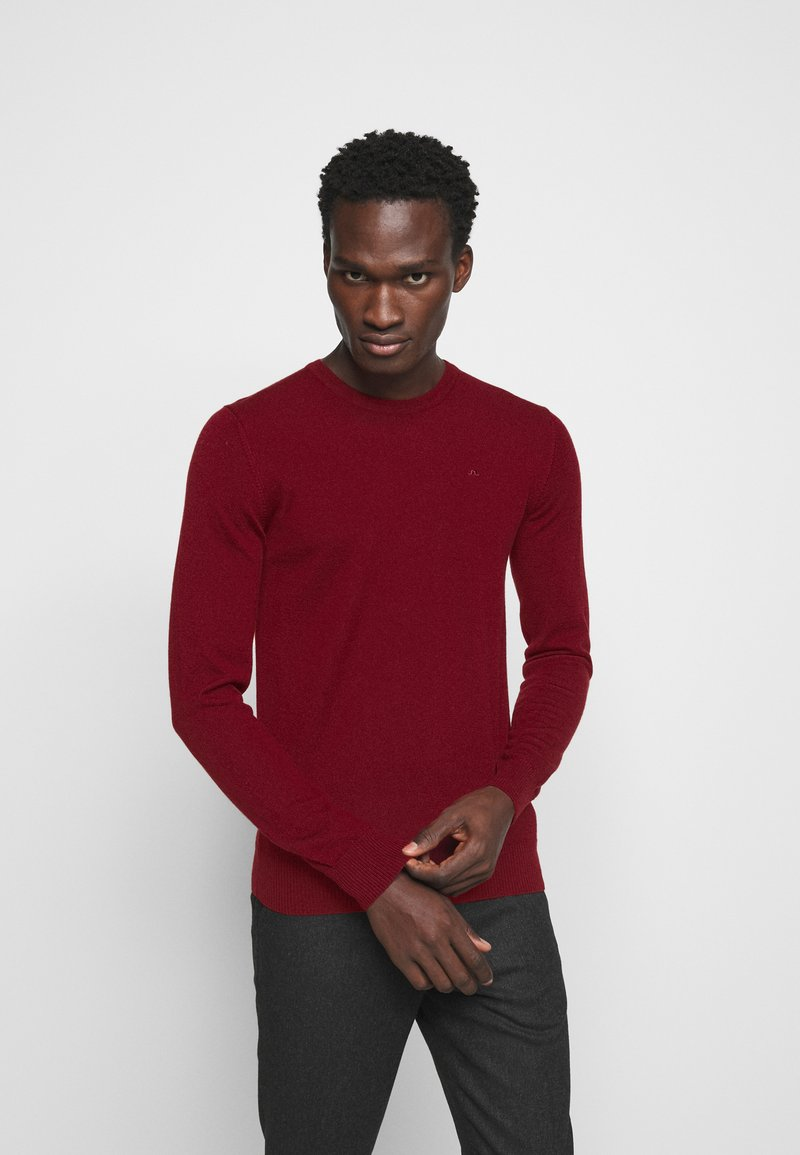 J.LINDEBERG - LYLE CREW NECK - Jumper - chili red