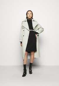 J.CREW - MOCKNECK SWEATER DRESS - Sukienka dzianinowa - black - 1