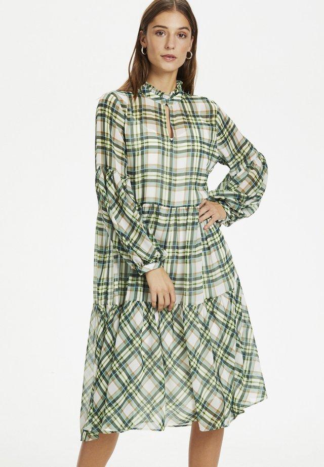 CHEKKA - Korte jurk - celadon
