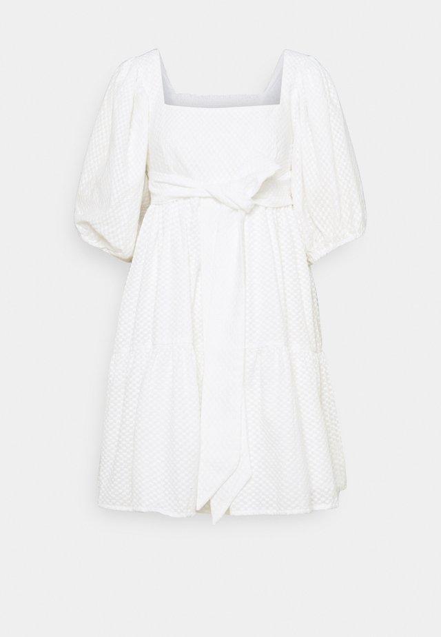 MAEVE DRESS - Hverdagskjoler - white