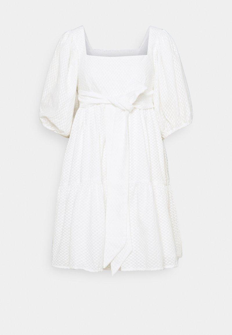 By Malina - MAEVE DRESS - Korte jurk - white