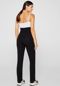 Esprit Maternity - Trousers - black - 2