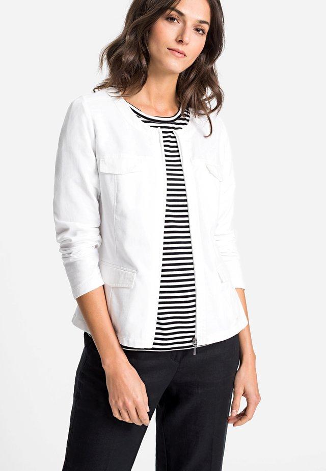 MIT TASCHEN VORNE - Summer jacket - white