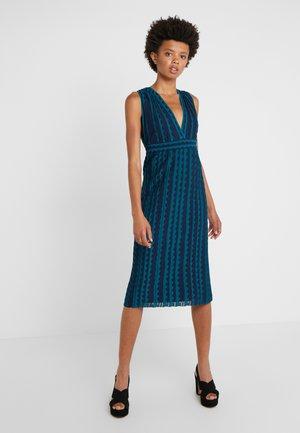 ABITO SENZA MANICHE - Strikket kjole - multi-coloured