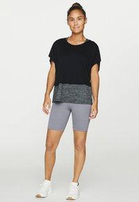 OYSHO - T-shirt z nadrukiem - black - 0