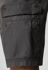 Napapijri - NOTO - Shorts - dark grey solid - 3