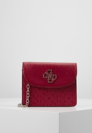 CHIC SHINE MINI CROSSBODY FLAP - Bandolera - berry