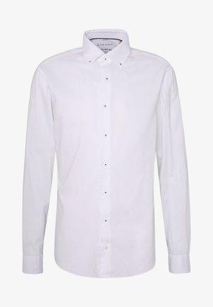 SLIM FIT CLASSIC  - Finskjorte - white