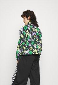 adidas Originals - ORIGINALS TREFOIL MOMENTS WINDBREAKER LOOSE - Training jacket - multicolour - 3