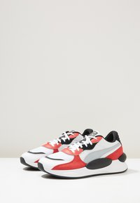 Puma - RS 9.8 SPACE - Zapatillas - white/high risk red - 2