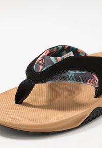 Reef - FANNING - Sandály s odděleným palcem - beige - 5