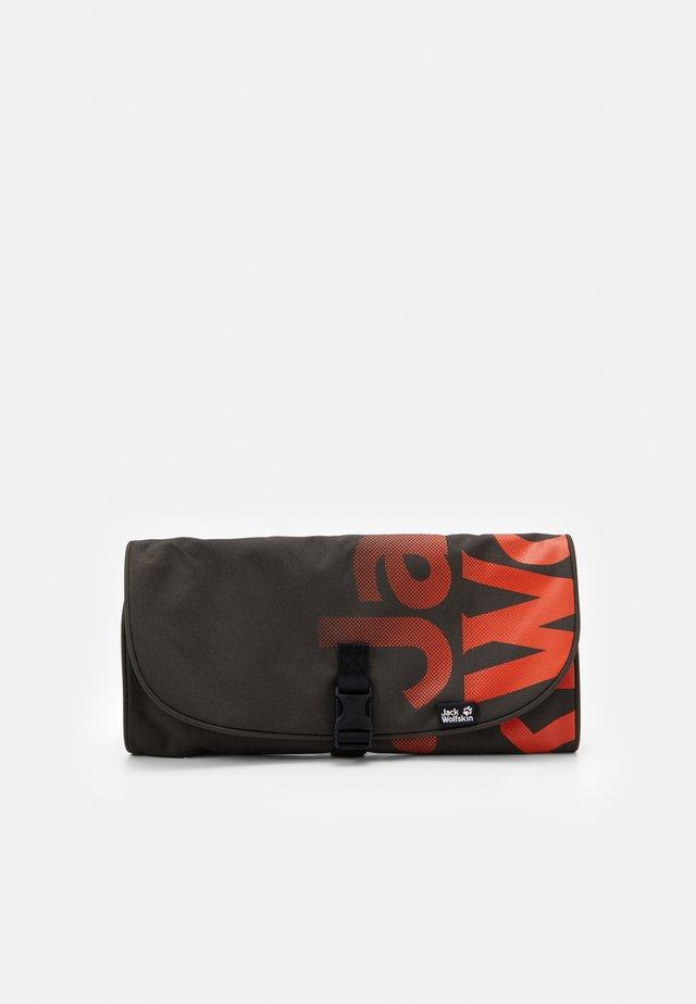 WASCHSALON - Wash bag - brownstone
