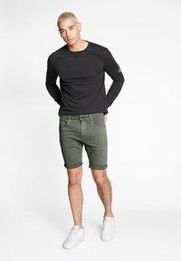 G-Star - 3301 SLIM SHORT - Shorts di jeans - dark lever - 1