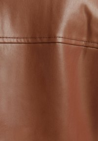 Bershka - CROPPED AUS - Faux leather jacket - brown - 5