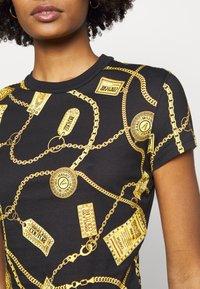 Versace Jeans Couture - Triko spotiskem - black - 5