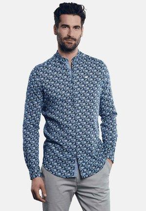 SOMMERLICHES  - Shirt - blau