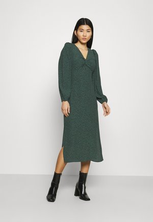 PRINTED DRESS - Robe d'été - green