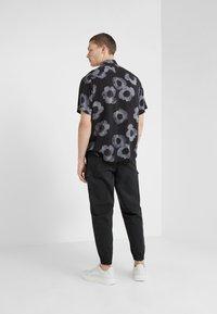HUGO - EKILIO - Skjorter - black - 2