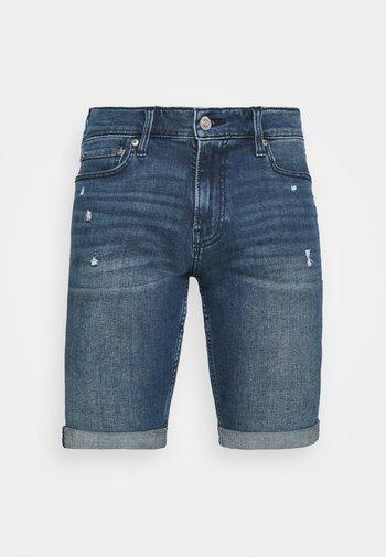 Jeansshorts - dark dremmel hit