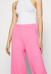 Monki - CALAH TROUSERS - Trousers - pink - 4