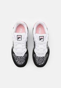 Fila - RETROQUE JR - Sneaker low - black - 3