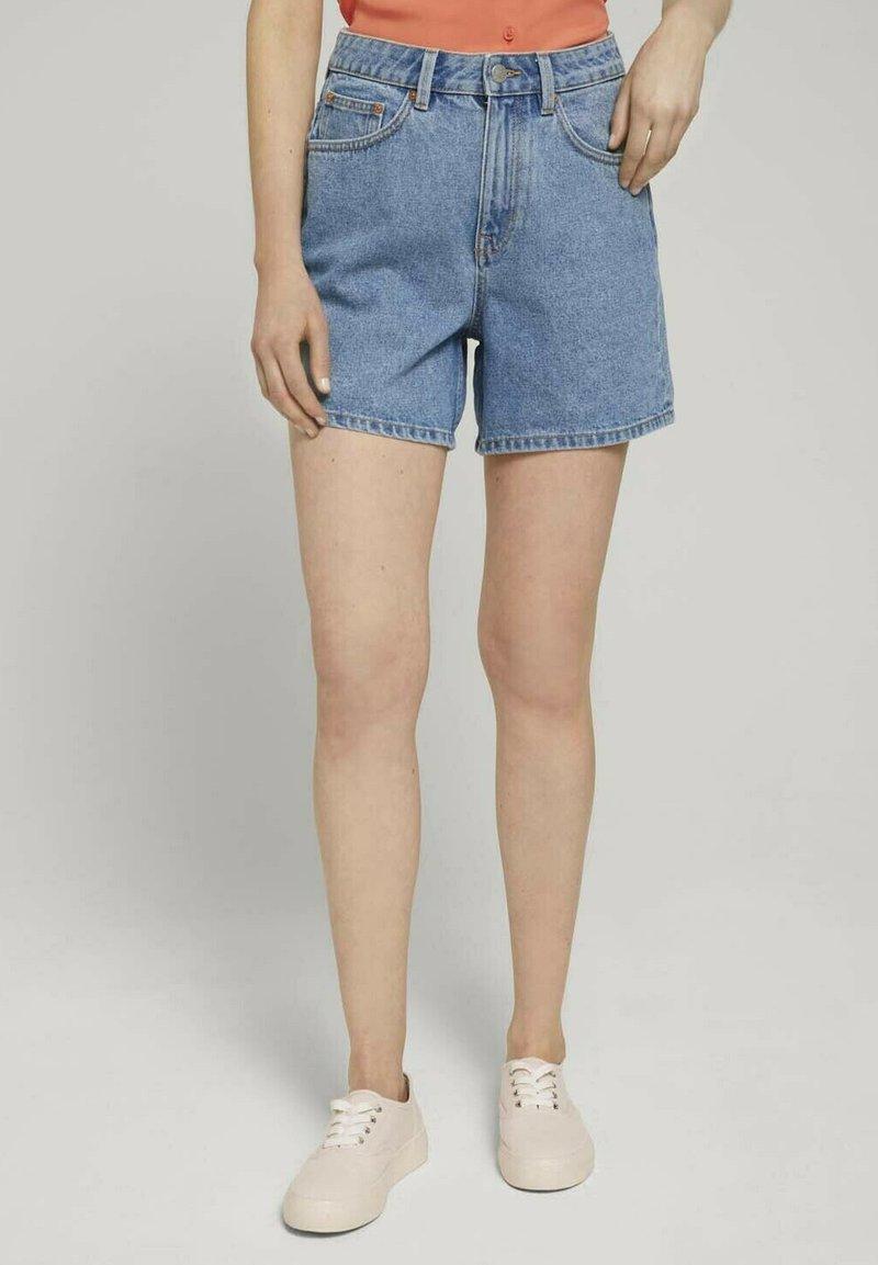 TOM TAILOR DENIM - Denim shorts - clean mid stone blue denim