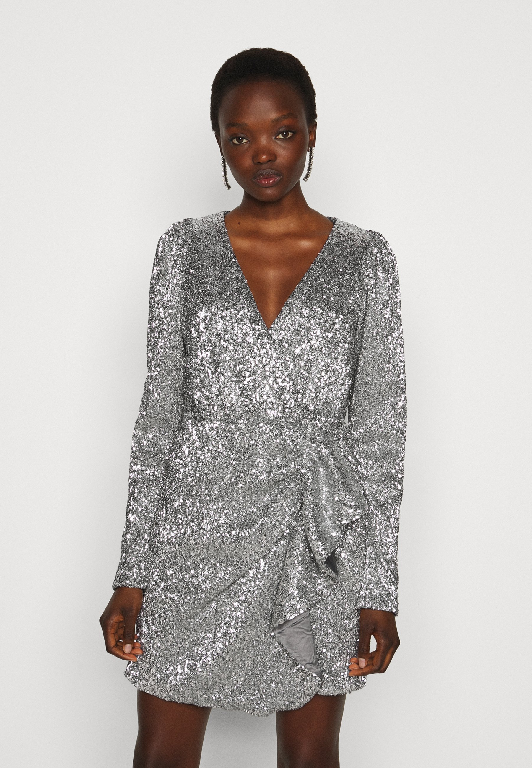 Silverfärgade Klänningar online | Köp din klänning på Zalando.se
