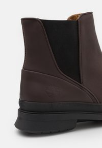 Timberland - BOULEVARD CHELSEA - Classic ankle boots - brown - 5