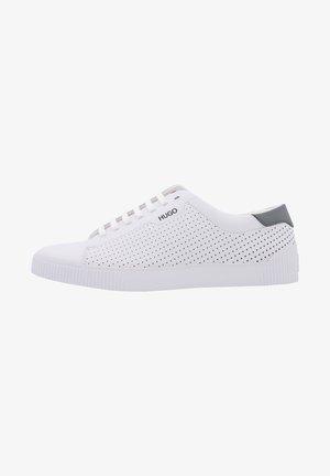 TENN NALS - Skate shoes - weiss (10)