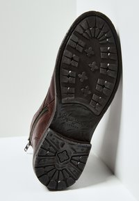 Pepe Jeans - Šněrovací kotníkové boty - marrón oscuro - 4