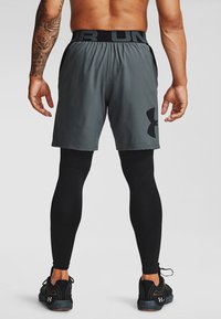 Under Armour - VANISH  - Sports shorts - pitch gray - 1