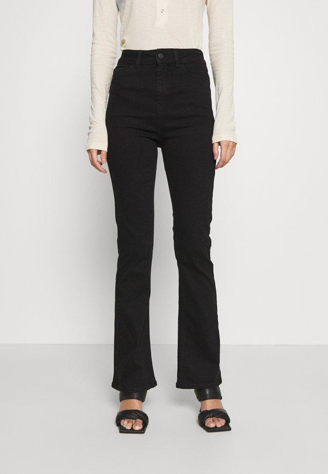 Jean bootcut - black