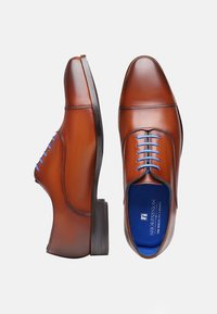 SHOEPASSION - NO. 5571 BL - Smart lace-ups - cognac - 1