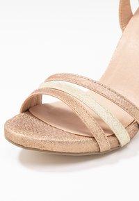Menbur - Korolliset sandaalit - sand - 2