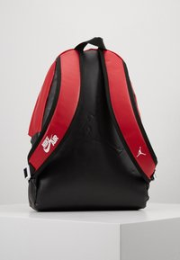 Jordan - AJ PACK - Rucksack - black/gym red - 3