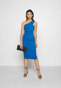 WAL G. - GRACE RUCHED DRESS - Jersey dress - royal blue - 1