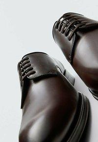 Massimo Dutti - Smart lace-ups - brown - 6