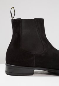 Doucal's - AUGU - Classic ankle boots - point nero - 5