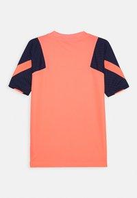 Nike Performance - TOTTENHAM HOTSPURS - Klubové oblečení - lava glow/binary blue - 1