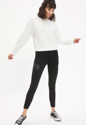DEFACTO  WOMAN  - Leggings - black