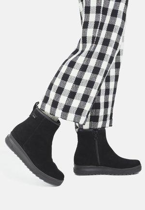 PIHTA GORE-TEX - Snowboots  - black