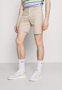 Newport Bay Sailing Club - 2 PACK - Shorts - stone/khaki - 3